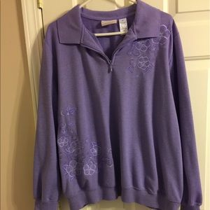 Alfred Dunner Pull Over Sweatshirt.